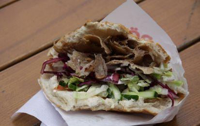 La ricetta del kebab vegano - Il kebab è un piatto tipico della cucina mediorientale, in questo articolo vi spieghiamo la ricetta per preparare la sua versione vegan.