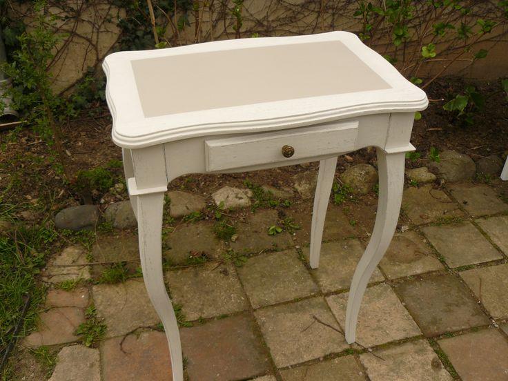 Gu ridon en bois peint en cru patin pied central - Meuble peint blanc ...