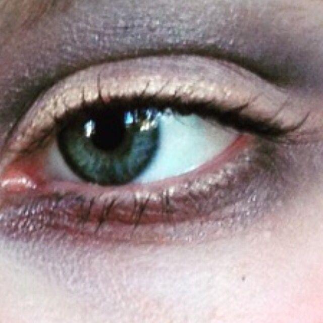 Makeup by Simone Thurlow makeup