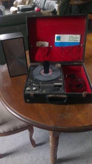tourne disque ancien la voix de son maitre audio vintage pinterest tourne disque ancien. Black Bedroom Furniture Sets. Home Design Ideas