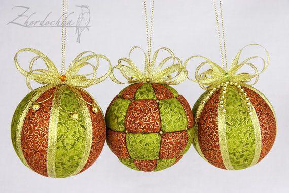 En la perca: Desfile de las bolas :) ornamentos / Kimekomi Navidad