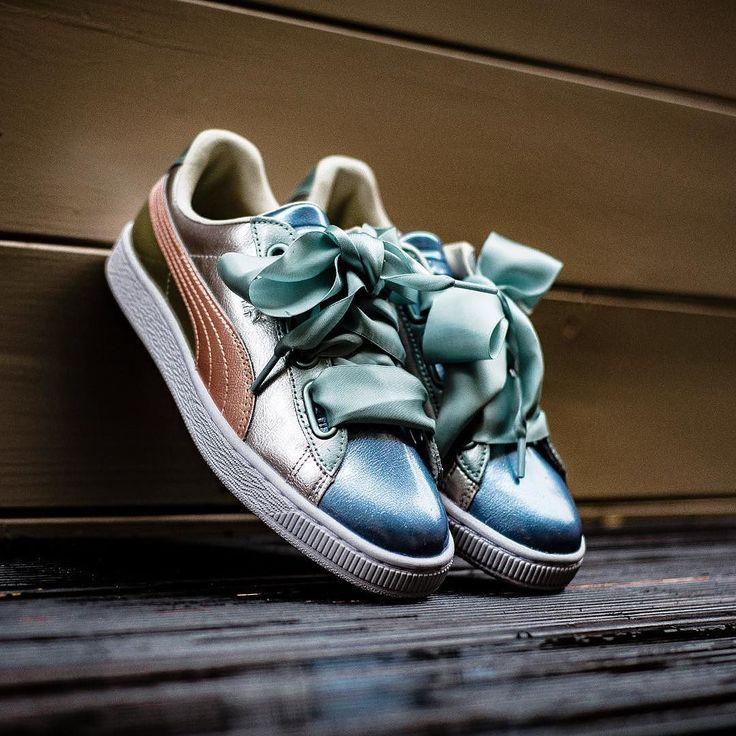 PUMA BASKET HEART BAUBLE WN'S FM- 10000 @sneakers76 store online Sneakers76.com @puma @pumasportstyle #puma #basket #pumabasket #heart #pumabasketheart #wmns #fm ITA - EU free shipping over 50 ASIA - USA TAX FREE ship 29 photo credit #sneakers76 #teamsneakers76 #sneakers76hq #instashoes #instakicks #sneakers #sneaker #sneakerhead #sneakershead #solecollector #soleonfire #nicekicks #igsneakerscommunity #sneakerfreak #sneakerporn #sneakerholic #instagood