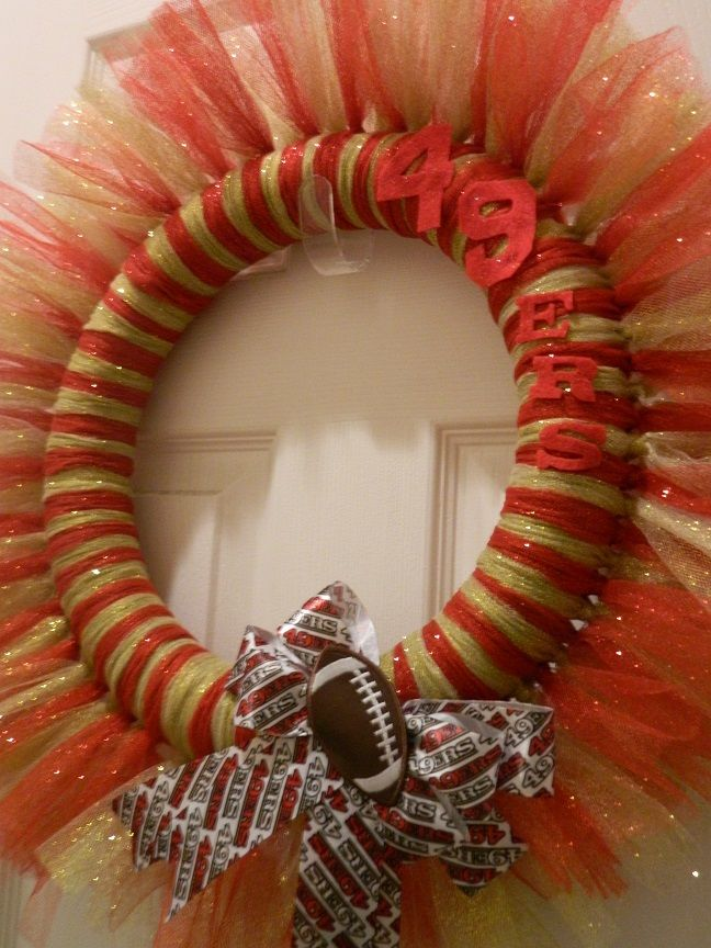 Tulle 49ers wreath