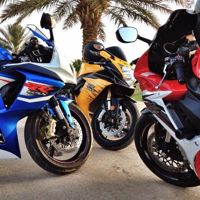 A meeting of the bikes. #suzuki #gsxr  I haz it!!!