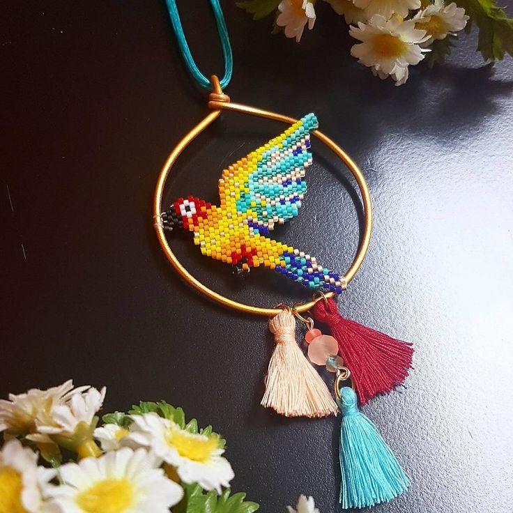 "58 Beğenme, 2 Yorum - Instagram'da Filo Handmade (@handmadefilo): ""Kuş uctu beybi🐦 #papağan #papagan #parrot #love #therapy #madewithlove #parrotlove #color #colorful…"""