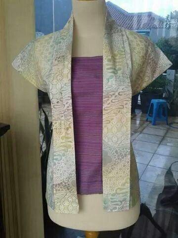 Blouse kebaya batik