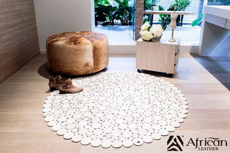 Tapete decorativo African-Leather Ref Zinza. Este es uno de los muchos diseños que te damos para que tu puedas personalizarlos. Juega con los colores, diseños y tamaños y crea con nosotros lo que imaginas.