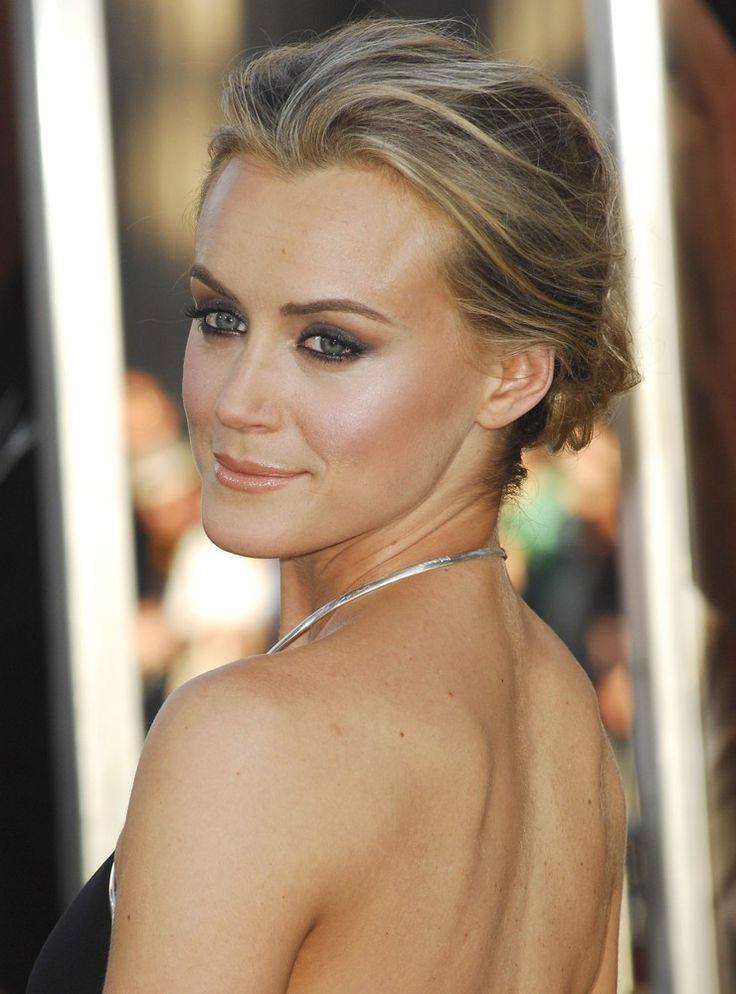 taylor schilling - make-up and hair