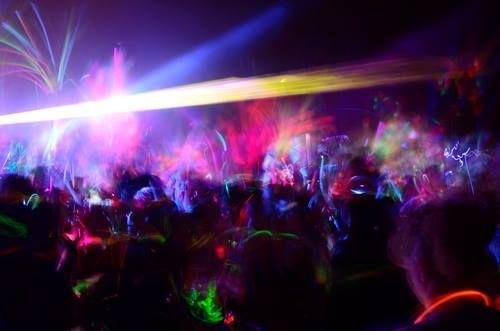 Χορός Γ' ΓΕ.Λ. Κολινδρού @ ΝΑΟΣ Live Club στην Μελίκη ! ! ! Τιμή Εισόδου : 2€ Θα γίνει κλήρωση για δύο φιάλες και ενός Tablet ! Τηλέφωνο Κρατήσεων : 6986616314