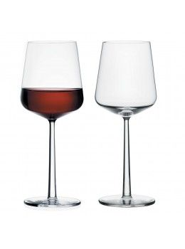 What is cheese without wine?This set of 2 Iittala Essence Red Wine Glasses are the perfect stylish accompaniment to serve up your vin rouge!