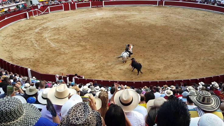 GRAN JORNADA TAURINA EN LA PLAZA DE TOROS CAÑAVERALEJO CALI COLOMBIA