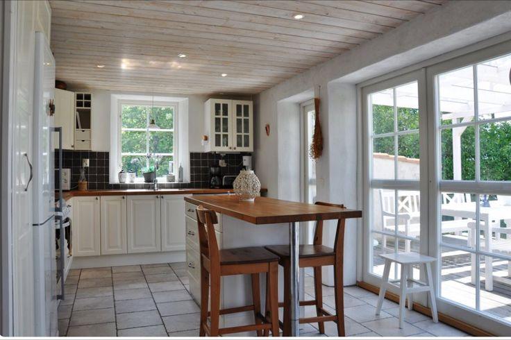 #Forsale #Gotland #HomebyDean #interiordesign #interior #homedecorating #heminredning #inredning #golfbana #Västergarn #kitchen #kök