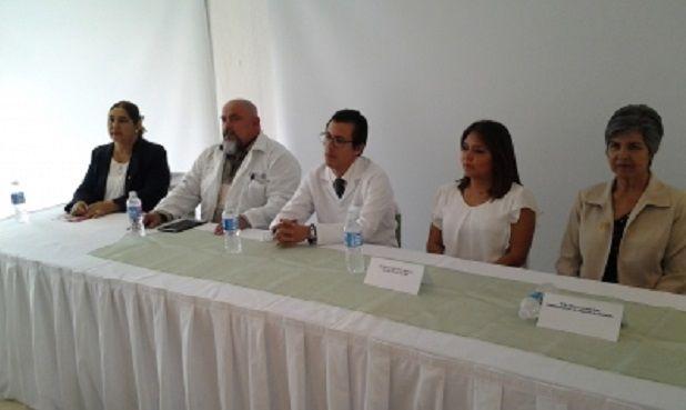 También la carrera de Enfermeria de la UPAV es un fraude - http://www.esnoticiaveracruz.com/tambien-la-carrera-de-enfermeria-de-la-upav-es-un-fraude/