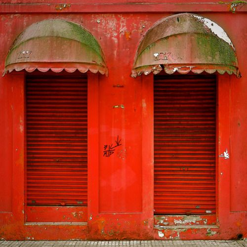 "wanderingpebbles: "" Red doors / Porte rosse by Giorgio Ghezzi on Flickr. """