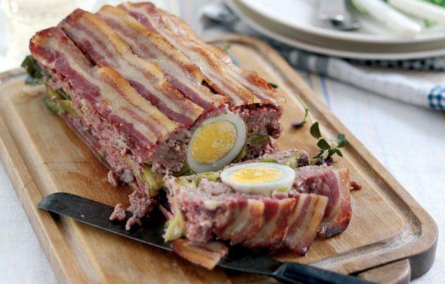 Welsh lamb recipes: Welsh Lamb Meatloaf  https://www.facebook.com/photo.php?fbid=662253300463640&set=a.134735423215433.17340.131420090213633&type=1
