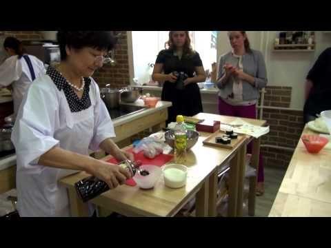 Мастер-класс по приготовлению блюд японской кухни с Акикио Ватанабэ