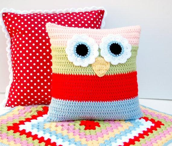 Owl Pillow  Crochet Owl Pillow  - cute idea & looks way to make