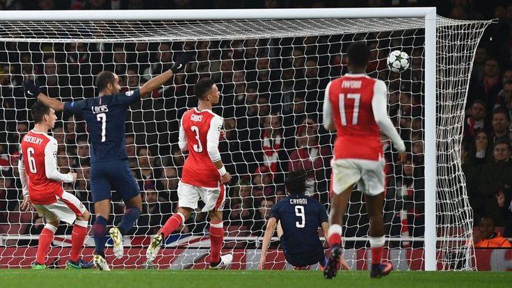 Edinson Cavani and Lucas Moura scored as PSG drew 2-2 with Arsenal