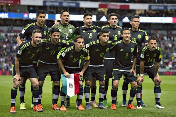 Televisa y TV Azteca dejarían de transmitir al TRI - http://www.notimundo.com.mx/deportes/dejarian-transmitir-seleccion-mexicana/