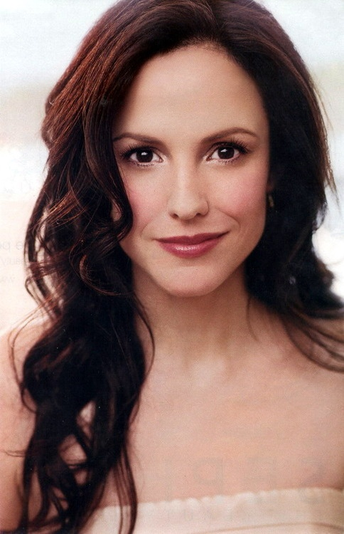 Mary Louise Parker has amazing brunette/fair skin makeup...don't forget her acting ;)