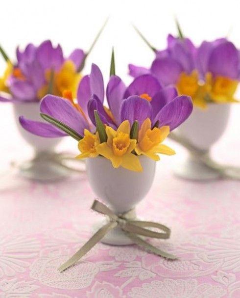 Egg stand flower vase