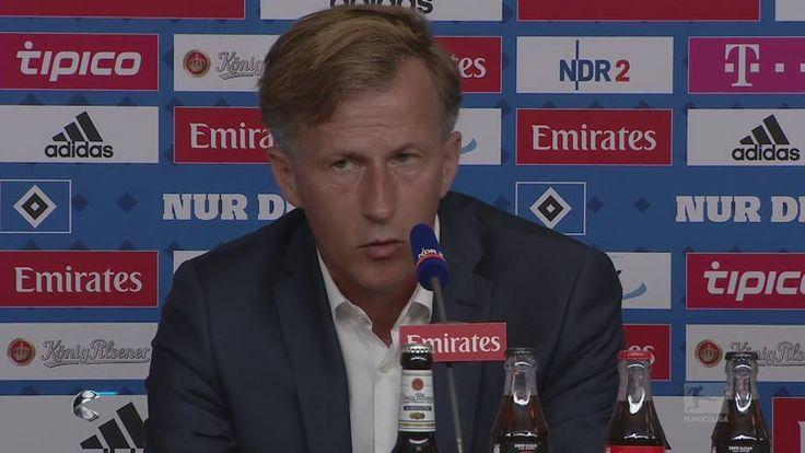 Seit 20 Jahren in der ersten Liga, Meister 2009, Pokalsieger 2015 – jetzt muss der der VfL Wolfsburg in die Relegation. Coach Andries Jonker gibt sich zuversichtlich.