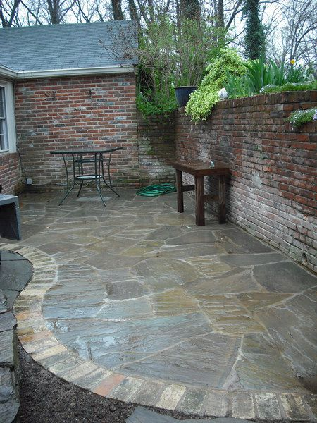 flagstone patio i like how this is edged - Brick Stone Patio Designs