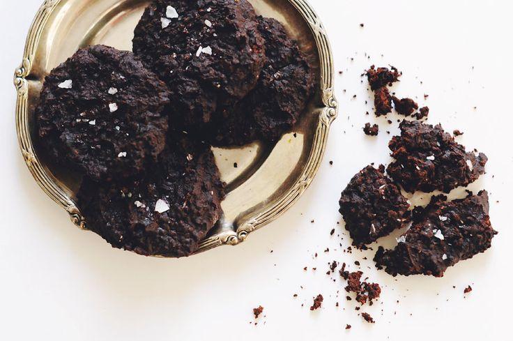 Veganska chokladkakor gjorda på svarta bönor via Floras blogg.