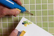 Fliesen reparieren leicht gemacht! Mit den picobello Reparatur Sets für Wand- und Bodenfliesen füe die perfekte Farbe: https://www.picobello-shop.eu/productdisplay/reparatur-set-premium-1