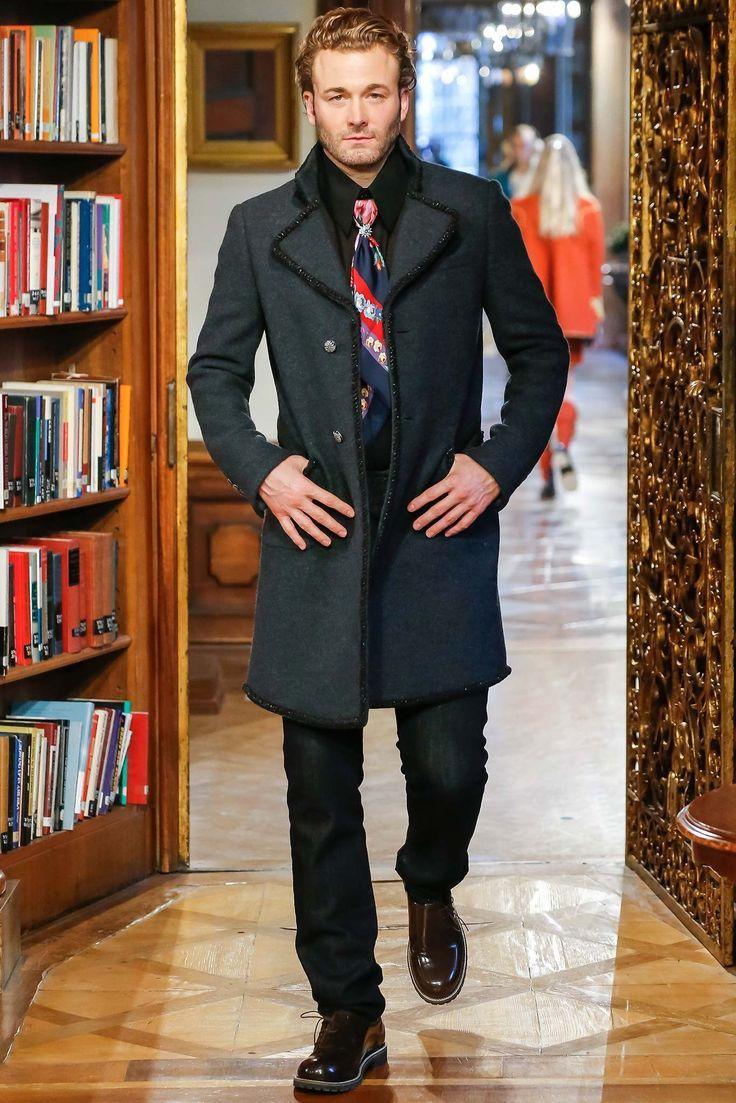 Chanel Pre-Fall 2015 Fashion Show - Brad Kroenig
