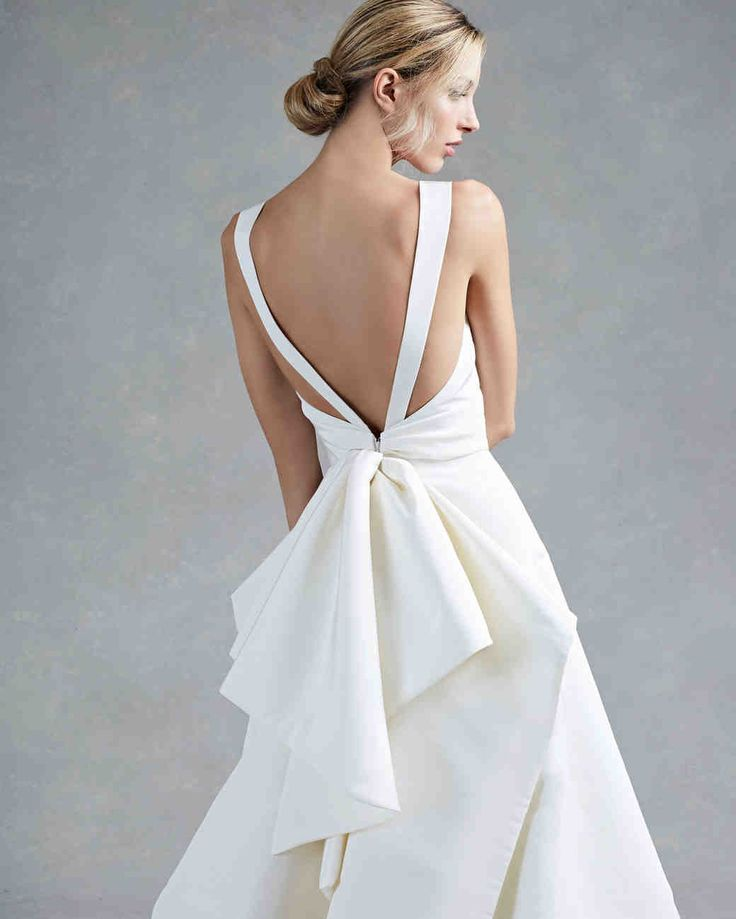 Oscar de la Renta Fall 2017 Wedding Dress Collection | Martha Stewart Weddings – Sleeveless A-line wedding dress