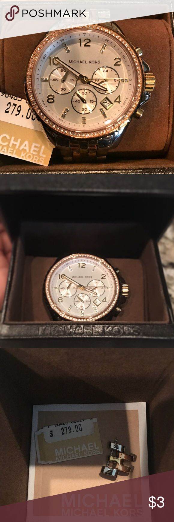 Michael Kors Watch ⌚️ Make offer  Michael Kors MK5922 Women's Tri-Tone Pilot White Dial Chronograph Watch  Wore a couple of times, then purchased Apple Watch. Comes with: - link - users manual  - protective case  Retail $276. Accepting offers. Michael Kors Accessories Watches