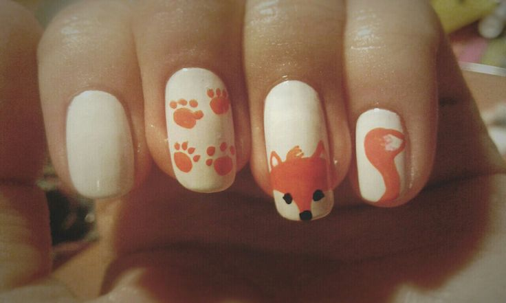 Nail. Art. Nail art. White. Fix. Cute.
