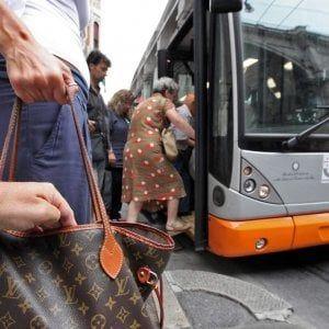 Offerte lavoro Genova  Nel giro di poche ore la giornata della donna è cambiata radicalmente  #Liguria #Genova #operatori #animatori #rappresentanti #tecnico #informatico Genova le rubano le chiavi sul bus e le svaligiano la casa