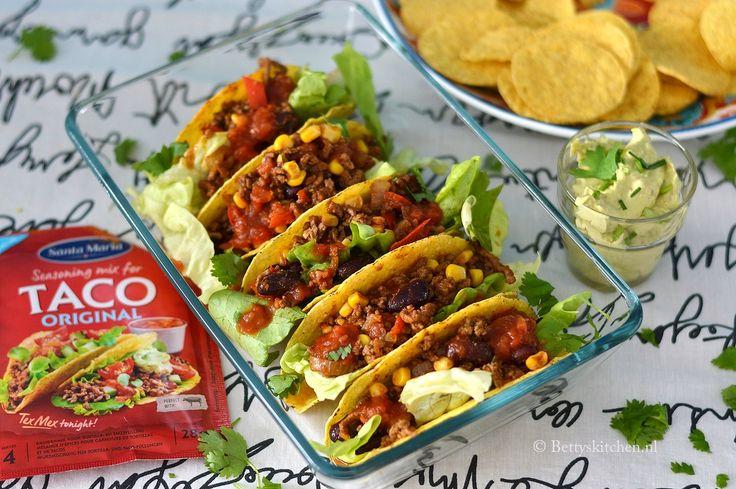 Woensdag - gehaktdag! Dus zetten wij deze Beef Taco's op het menu! Deze taco's met gehakt zet je vliegensvlug op tafel tijdens jouw Tex Mex avond.