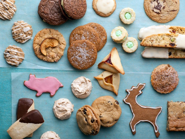 A Baker's Dozen of Holiday Cookies    Food Network chefs like Bobby, Ina, Alton and Paula share their favorite holiday cookie recipes.