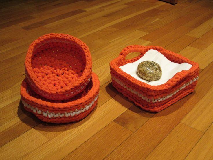 Cestos y servilletero de trapillo