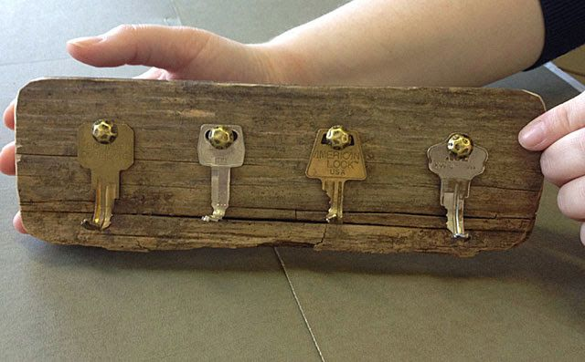 how to bend keys for crafts | DIY Key Rack from Old Keys                                                                                                                                                     More