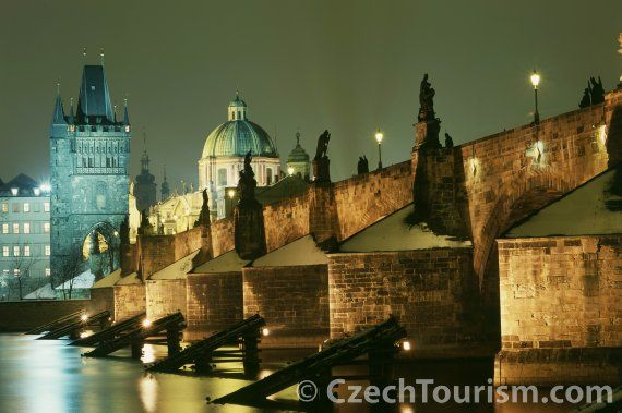 Charles Bridge - Karluv Most credit:  Česká produkční s.r.o