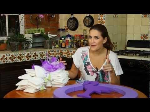 ▶ Corona de pañales - YouTube