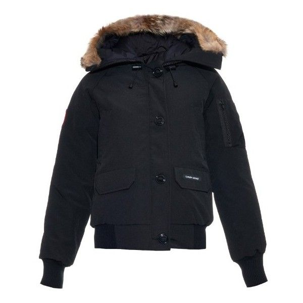 Canada Goose Chilliwack fur-trim down coat (£425) ❤ liked on Polyvore featuring outerwear, coats, black, fleece lined coat, fur-trimmed coat, water resistant coat, black down coat and down coats