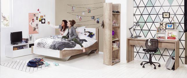 3-delige kamer Catherine  De 3-delige slaapkamer Catherine is met z'n afwerking in eikdecor en hoogglans wit perfect voor tieners! Met bed, bureau en kleerkast. #collishop #slaapkamer