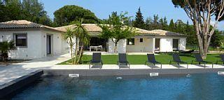 Villa+de+prestige+de+350m2+de+plain+pied+à+10+minutes+de+Saint-Tropez+++Location de vacances à partir de St Tropez et environs @homeaway! #vacation #rental #travel #homeaway