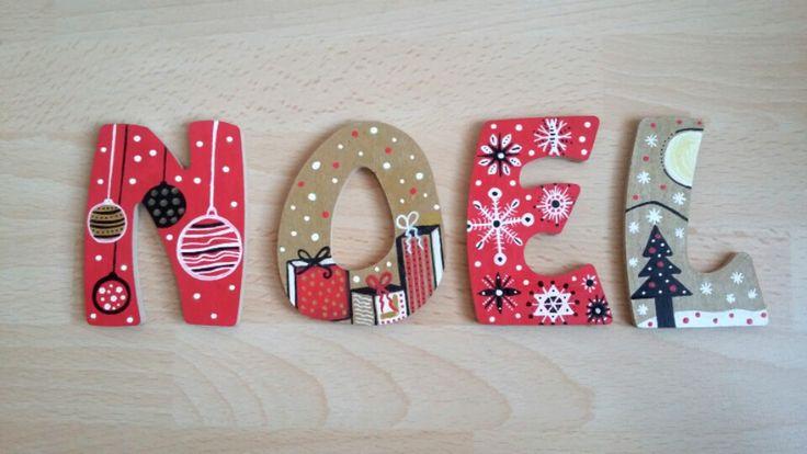 décoration NOËL, mot en bois peint doré rouge blanc noir : Accessoires de maison par art-monize31