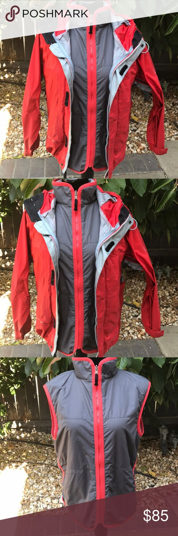 Nike 2-1 jacket w/Vest size 12-14 large Great jacket with thermal vest ,jacket has scuffs marks inside but no tear noted. Nike ACG Jackets & Coats