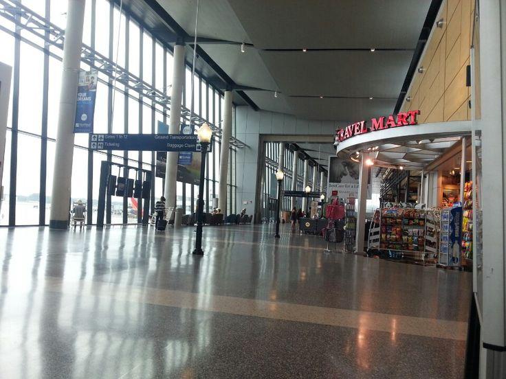 Bradley International Airport Bdl In Windsor Locks Ct