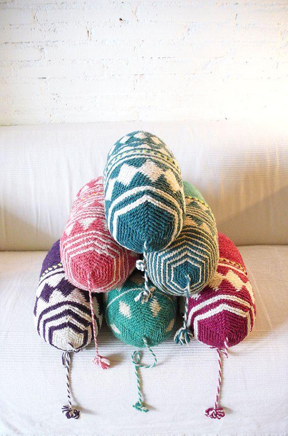 Pillow Crochet Marrakech    turquoise por lacasadecoto en Etsy, €26.00