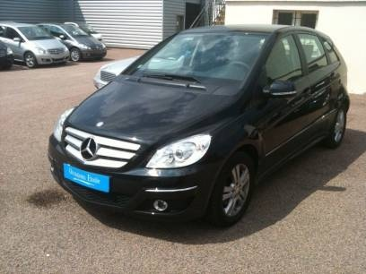 Achetez une voiture occasion chez votre concessionnaire Mercedes de Châlon sur Saône en consultant nos annonces auto occasion.
