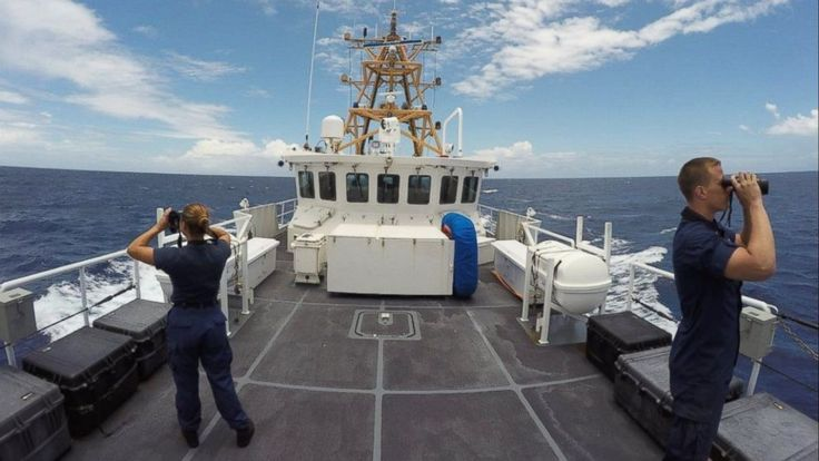 The FBI has joined the investigation into the case of a South Florida woman who went missing at sea while sailing with her husband.   Isabella Hellmann was last seen by her husband, Lewis Bennett, while they were at sea on the night of May 14, according to the U.S. Coast Guard.   FBI Special... - #Beach, #Delray, #Dis, #FBI, #Investigation, #Joins, #TopStories, #Woman
