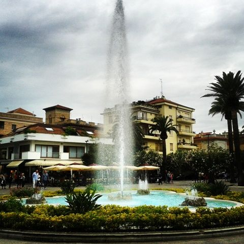 Holiday in San Benedetto del Tronto - Historical fountain in the city centre